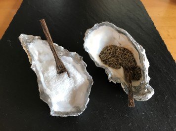 Oyster shell salt n pepper5