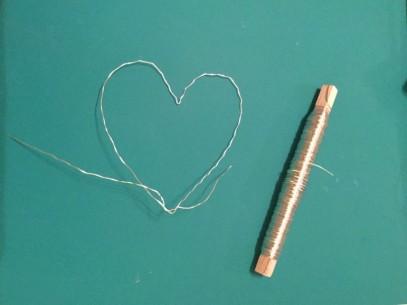 wire heart1