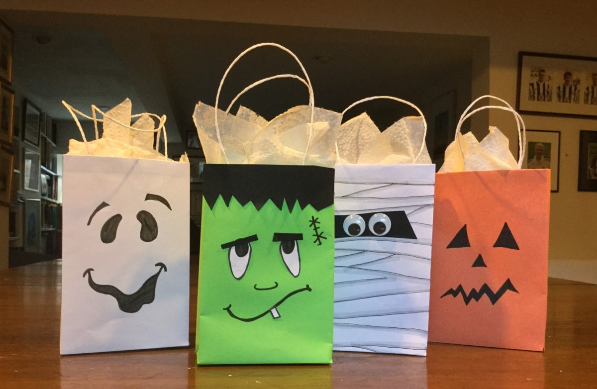 Easy to Make Halloween Bags