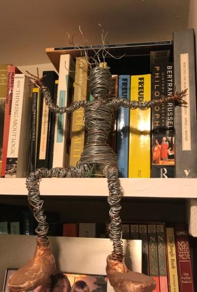 sitting wire man no.1