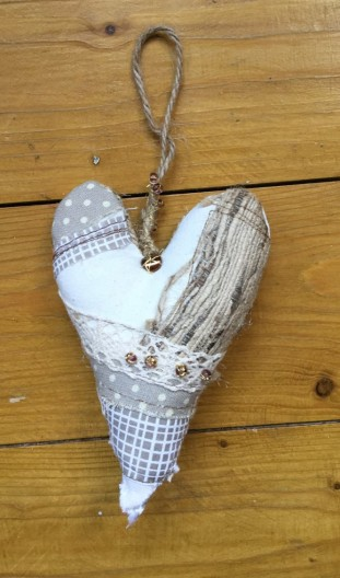 embroidered heart 4