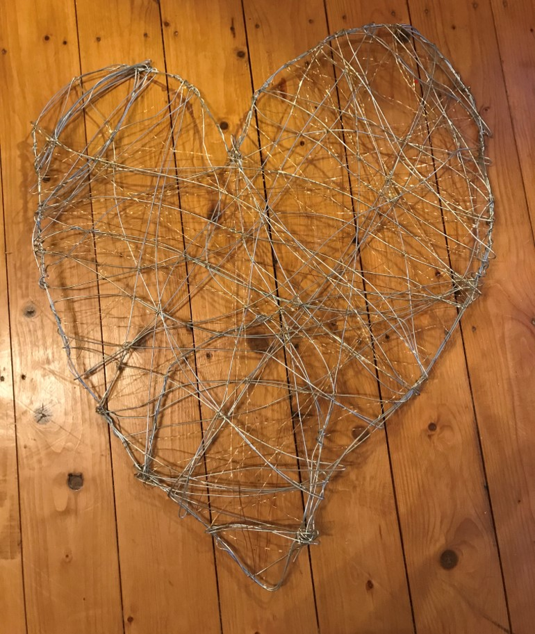 finished wire heart