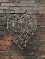 wire heart feature