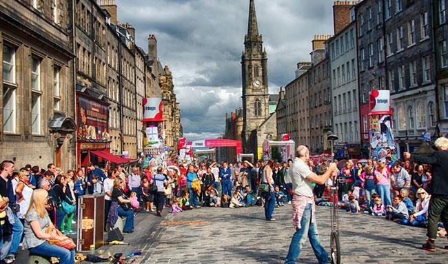 Edinburgh Festival Street Scene